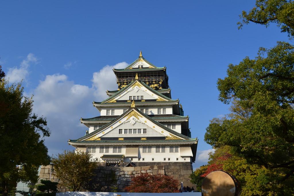 秋の大阪城散策